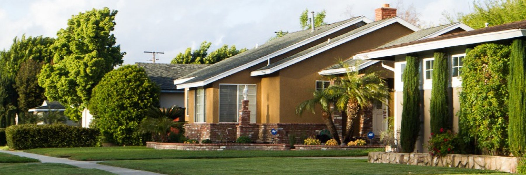 The Plaza is a community of homes in Long Beach California