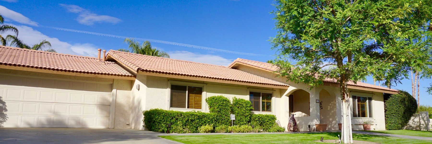 Los Compadres is a community of homes in Palm Springs California