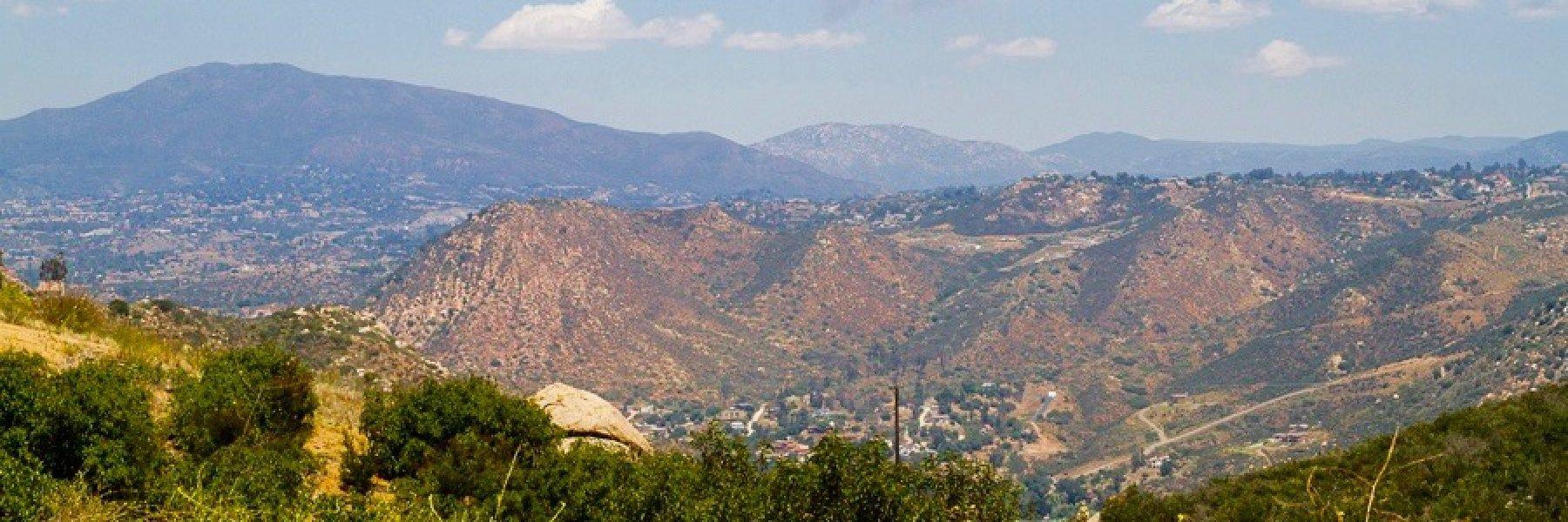 Crest Neighborhood in El Cajon