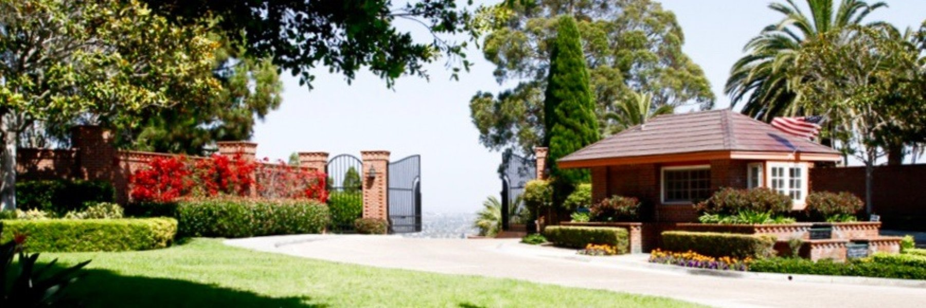 Ridgegate is a community of homes in La Jolla California