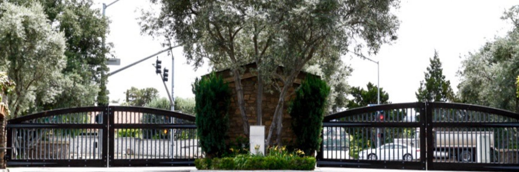 Vezelay is a community of homes in Rancho Bernardo California