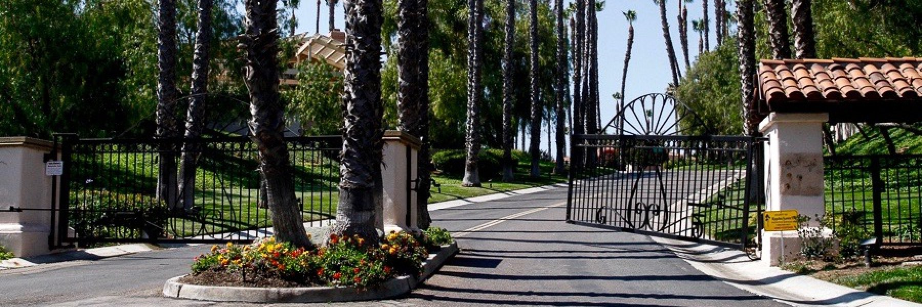 Del Rayo Downs is a community of homes in San Diego California