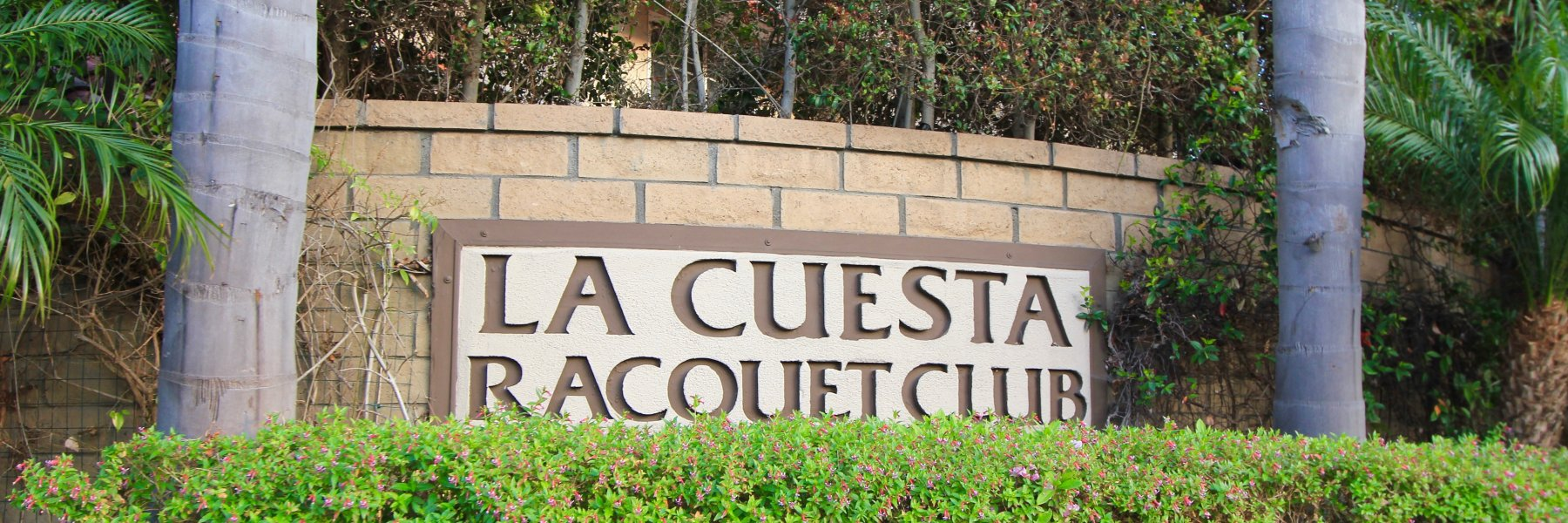 La Cuesta Racquet Club is a community of homes in Huntington Beach California