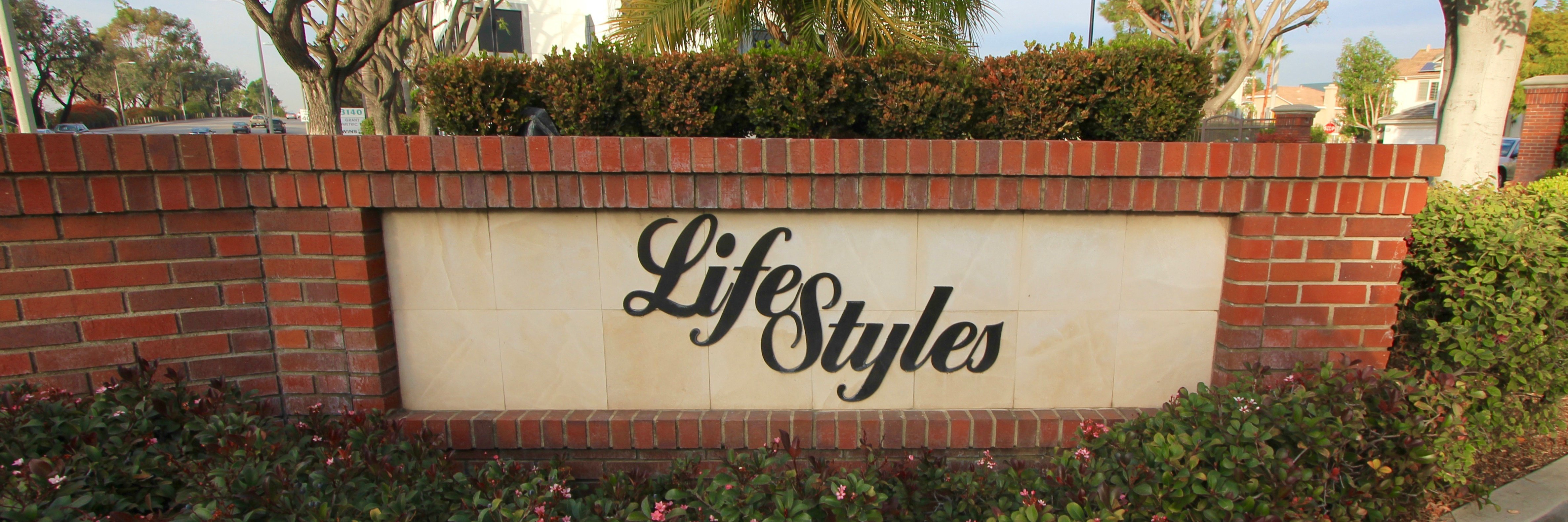 Lifestyles is a community located in the city of Costa Mesa CA