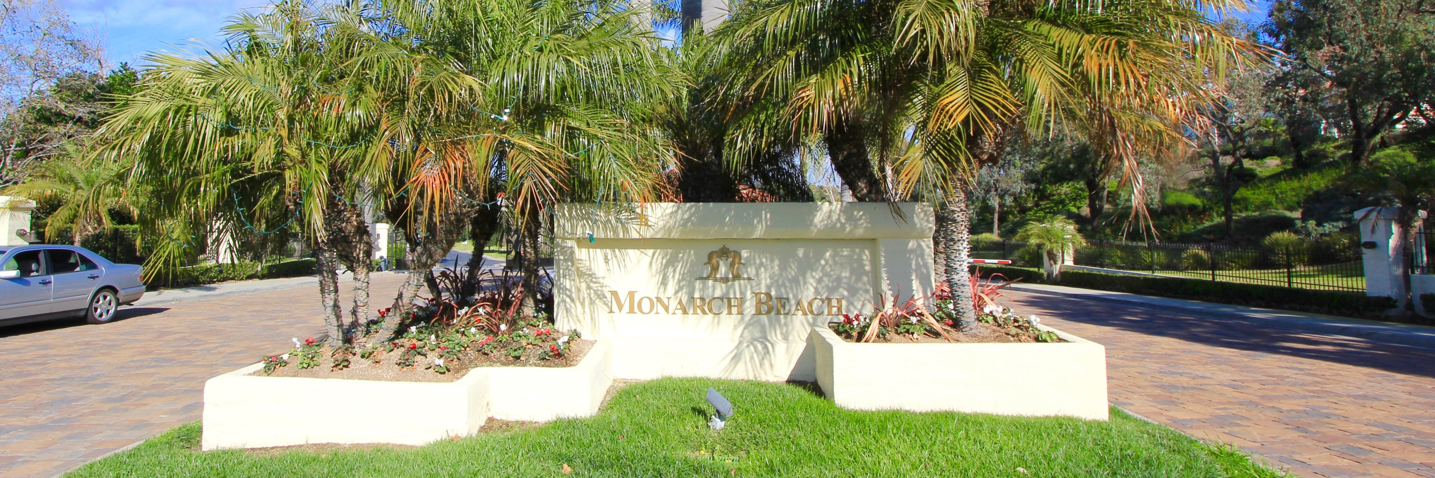 Monarch Beach Community Marquee in Dana Point Ca