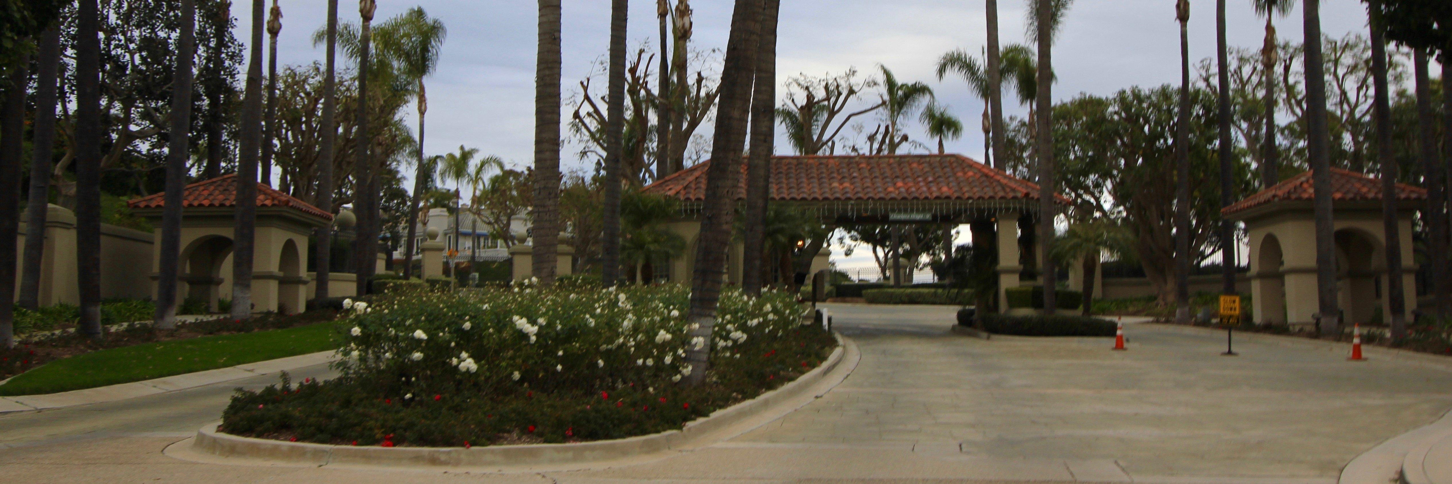 South Peak is a neighborhood of homes located in Laguna Niguel California