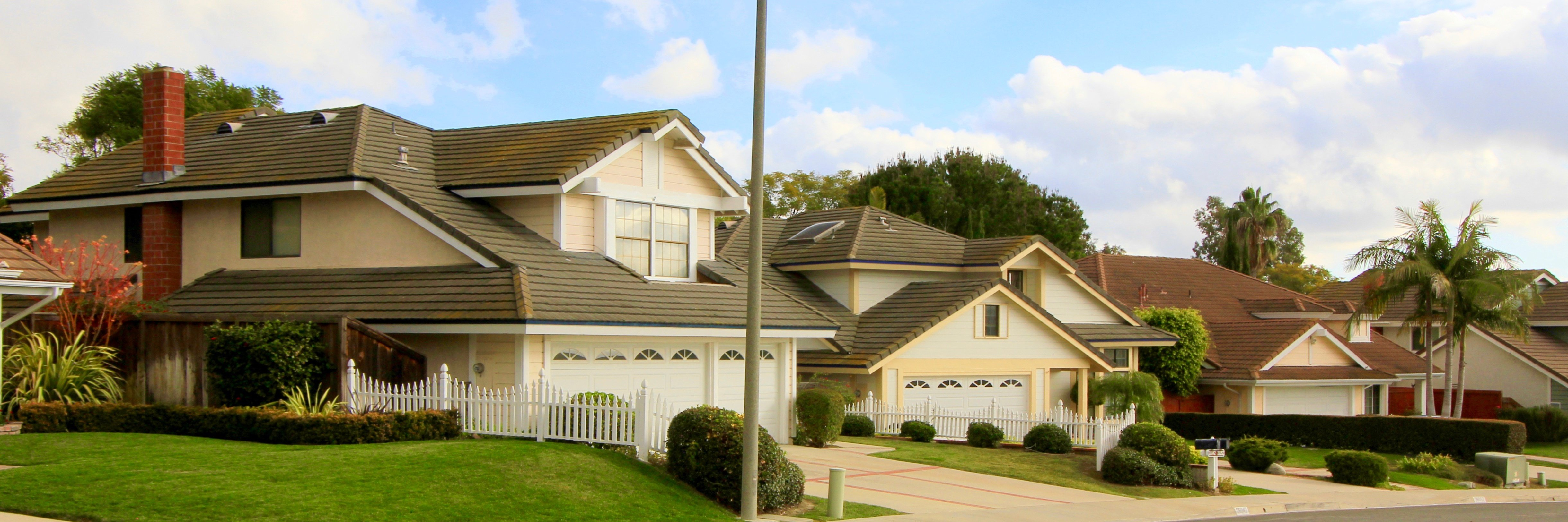 Stratford Ridge is a community located within the city of Laguna Hills, CA