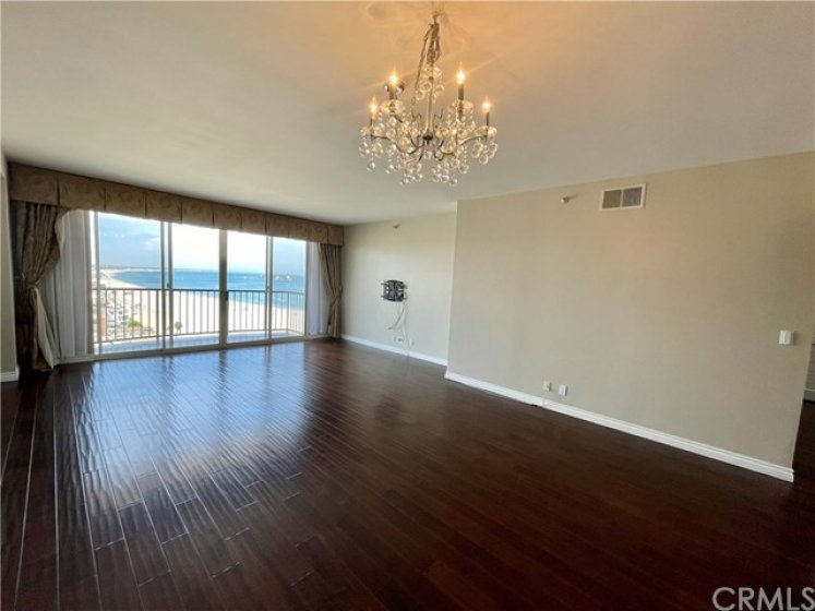 ocean view from the entryway