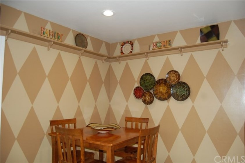Eating Area in the Kitchen