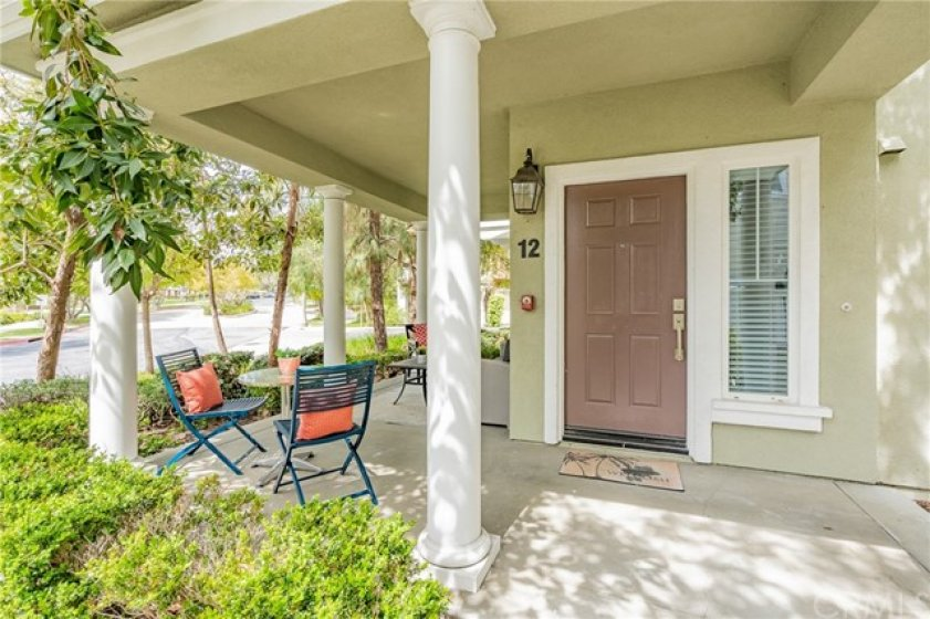 End unit with curb appeal and privacy. Nobody next to you.