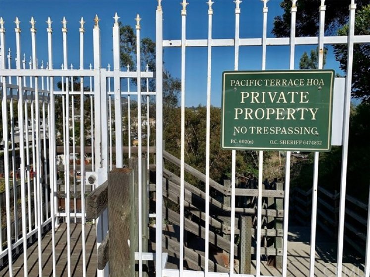 Private access to the stairs down towards the beach.  Nice little short cut for residents.