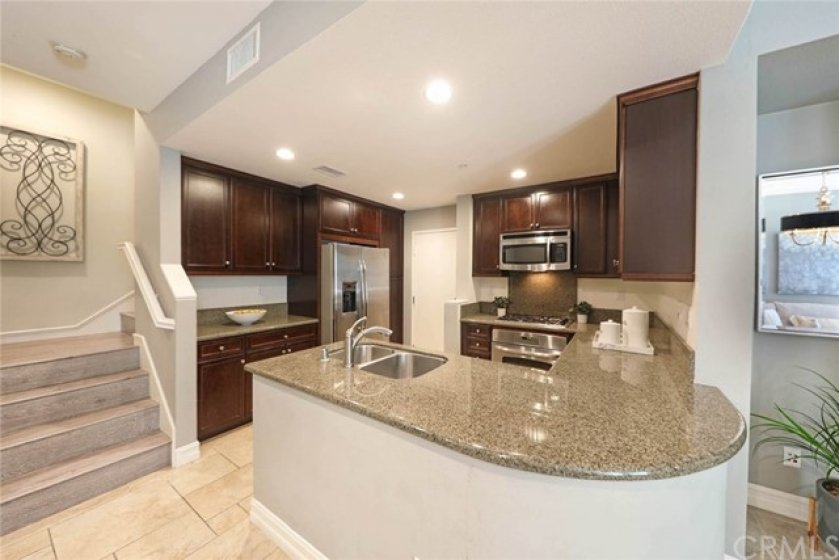 Clean & spacious kitchen so you can prepare food stress-free!
