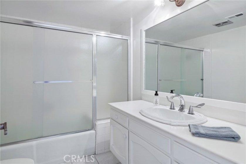Upstairs Guest Bathroom has a tub/shower
