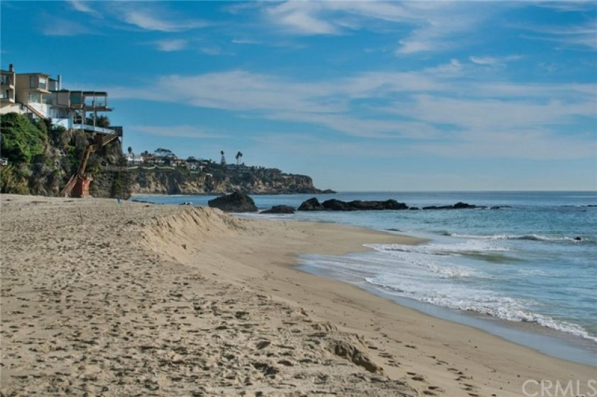 An elevator takes you to the expansive sandy beach which has limited public access.