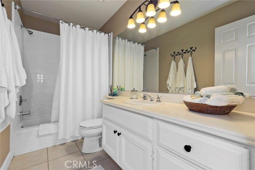 Mini Suites private bathroom