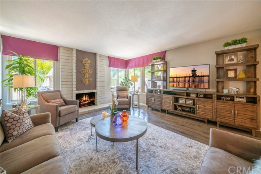 Spacious Living room with Cozy Fireplace
