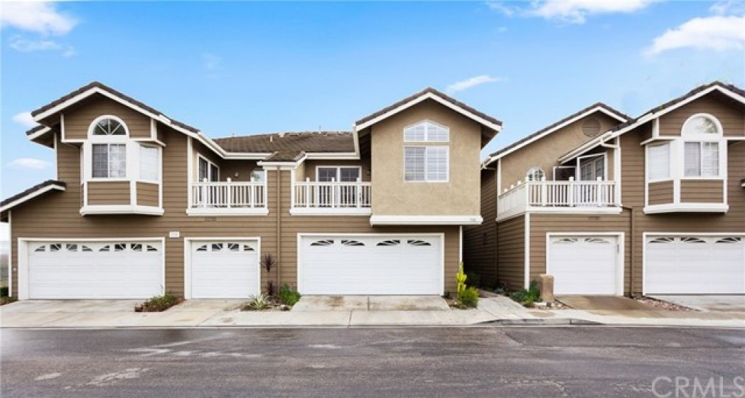 Welcome to 728 S. Crown Pointe!