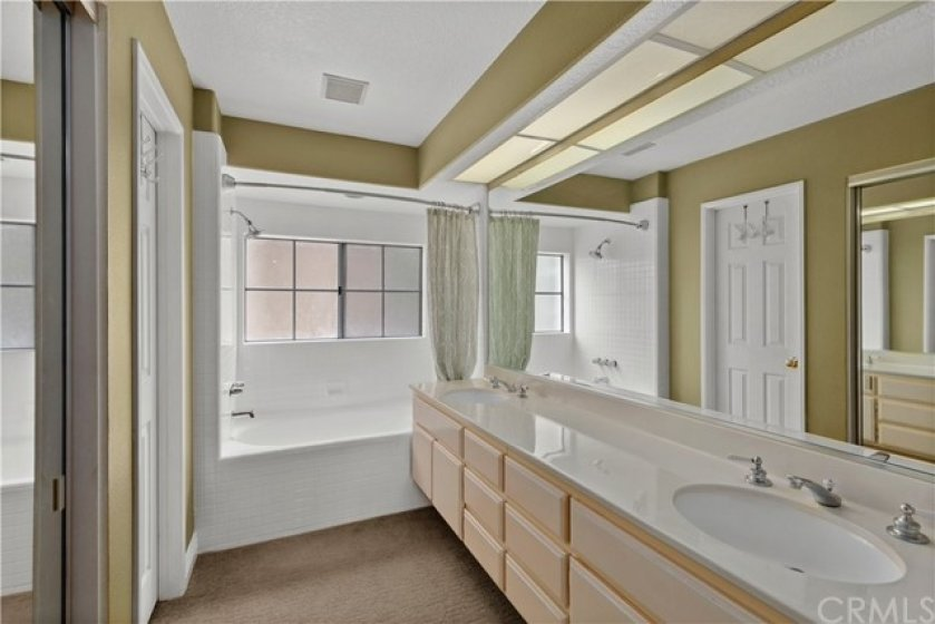 Very Spacious Master Bathroom