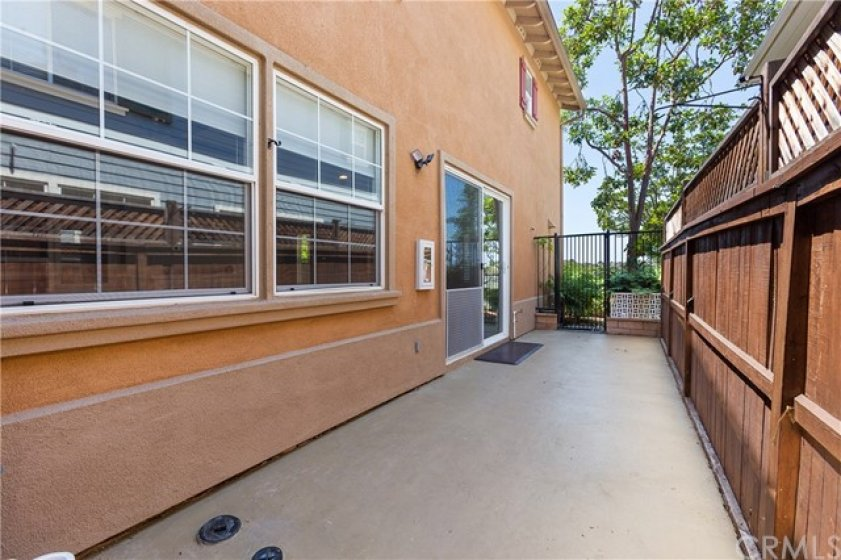 Nice large patio area ~ great for BBQs, kids play or pets