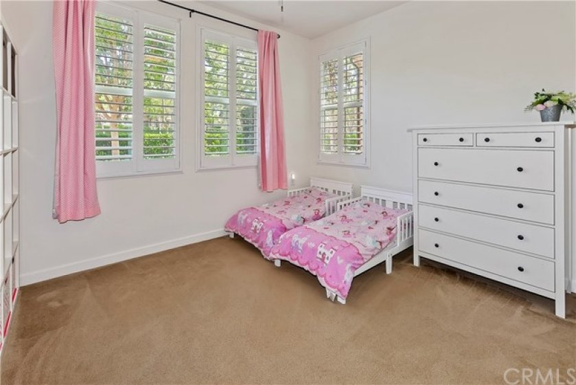 It would make the perfect office! Now it's a downstairs bedroom - no, it's not 20x20, rather about 12x12 - these beds are just pretty small!