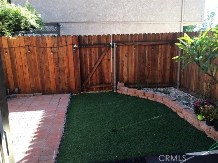 Private Backyard/Patio Area
