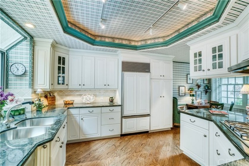 Beautiful Kitchen remodeled with Granite, Custom Cabinets and SubZero and Thermador appliances