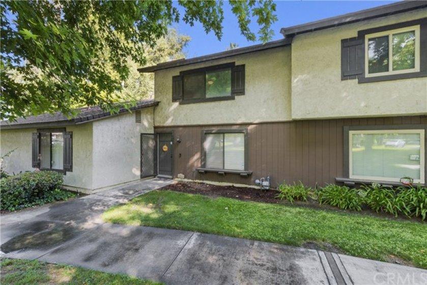 8883 Amigos Place, Riverside CA 92504