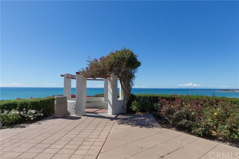Dana Point area photo, Palisades Park Gazebo