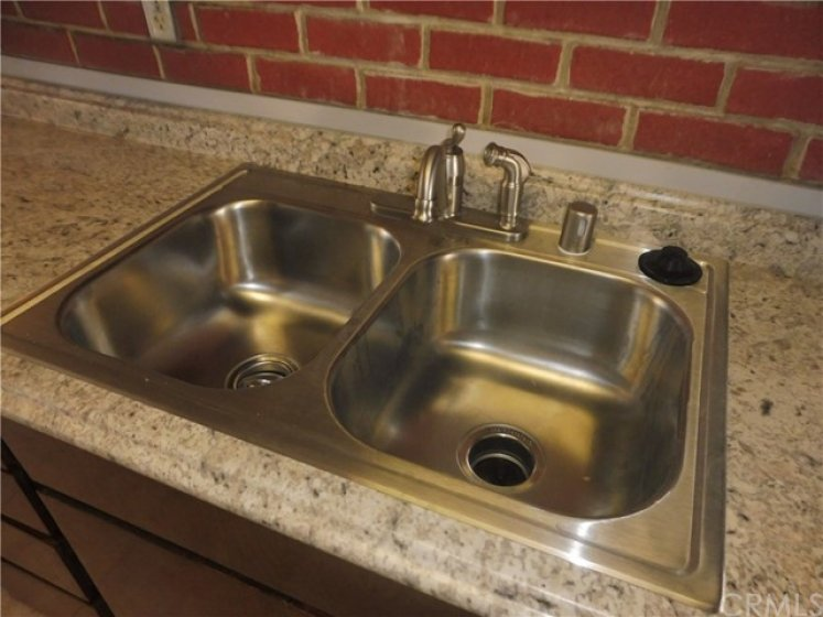 New sink and faucet