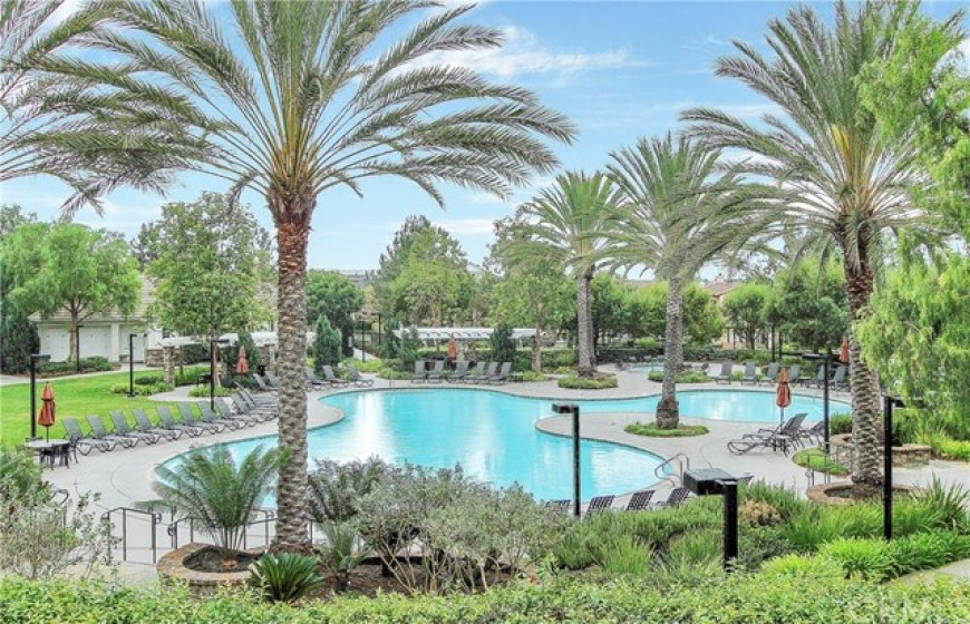 Flintridge Village Clubhouse and Pool offers a resort style pool and jacuzzi that is heated year-round.