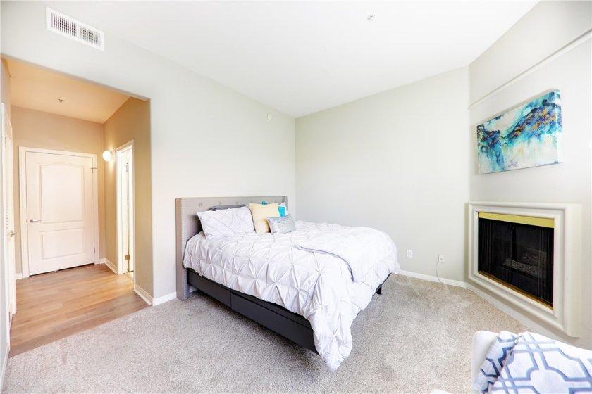 Private master hallway has en-suite bath and 2 closets