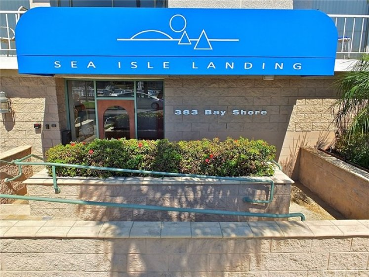 Welcome to Sea Isle Landing at 383 Bay Shore Avenue in Long Beach.