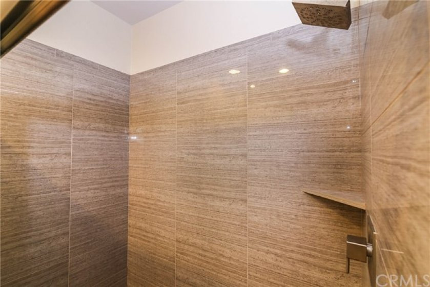 Luxury shower with porcelain tiles