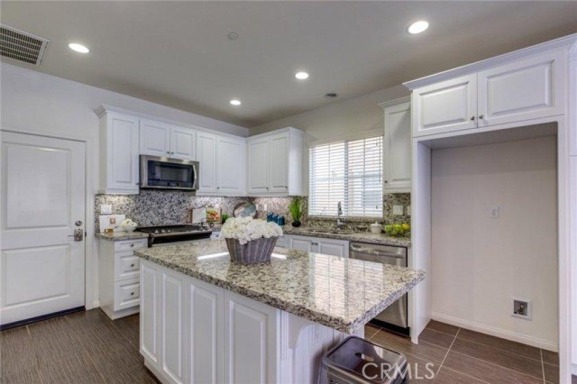 Kitchen additional picture 783 Gatun #243