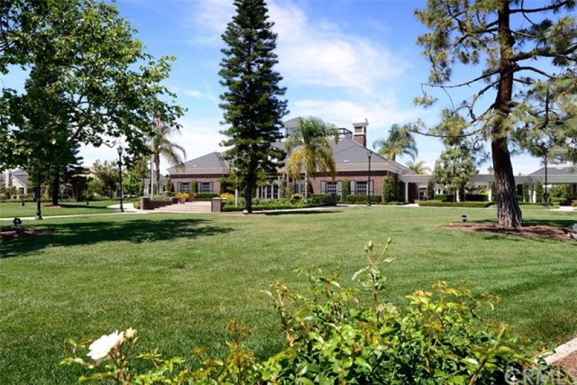 Columbus Square Clubhouse and village green.
