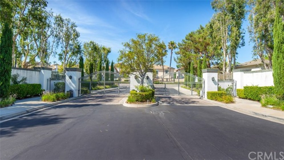 Gated community conveniently located in Mission Viejo at the corner of Oso Pkwy & Felipe Rd.
