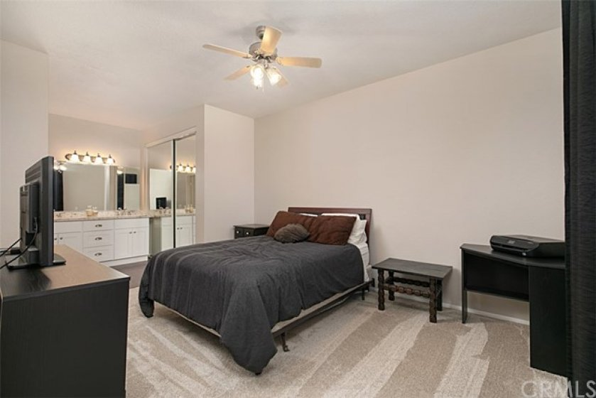 Large bedrooms with new carpet