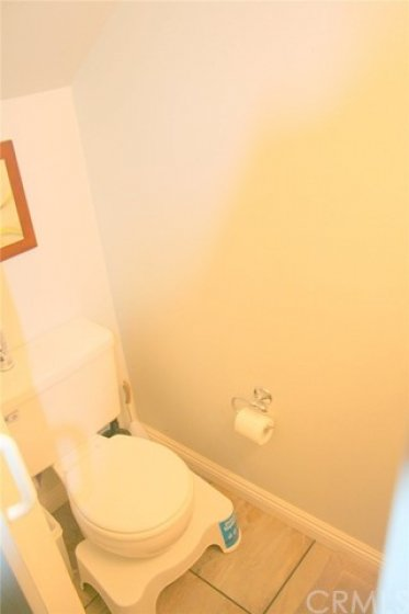 1/2 BATHROOM DOWNSTAIRS
