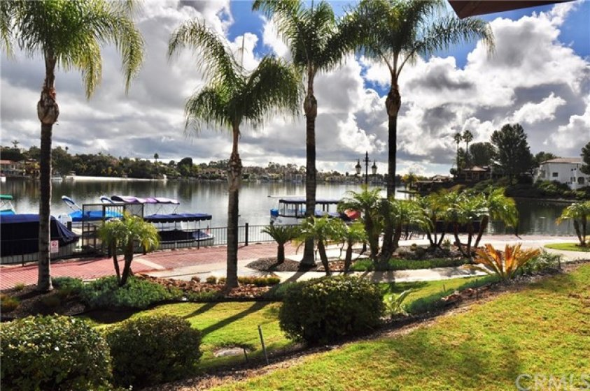Association Private Lakefront Boat Docks & Walkway
