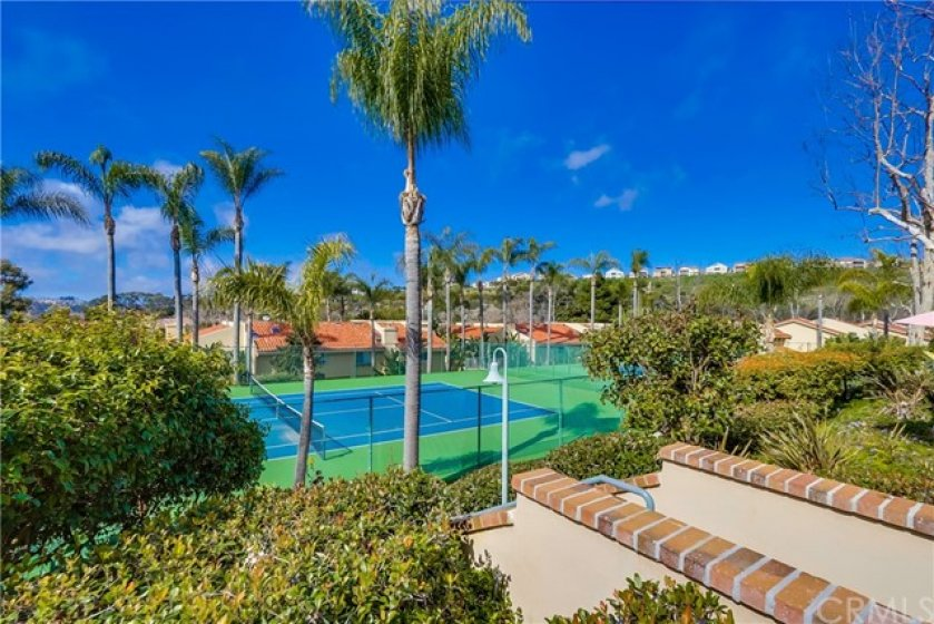 Beautiful parks, playgrounds, bike trails, horse trails, award winning schools & historic downtown San Juan Capistrano with a variety of charming shops & restaurants are all nearby! Less than 3 miles from Dana Point Harbor