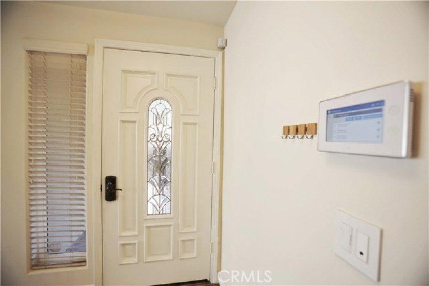 Front Door + Smarthome