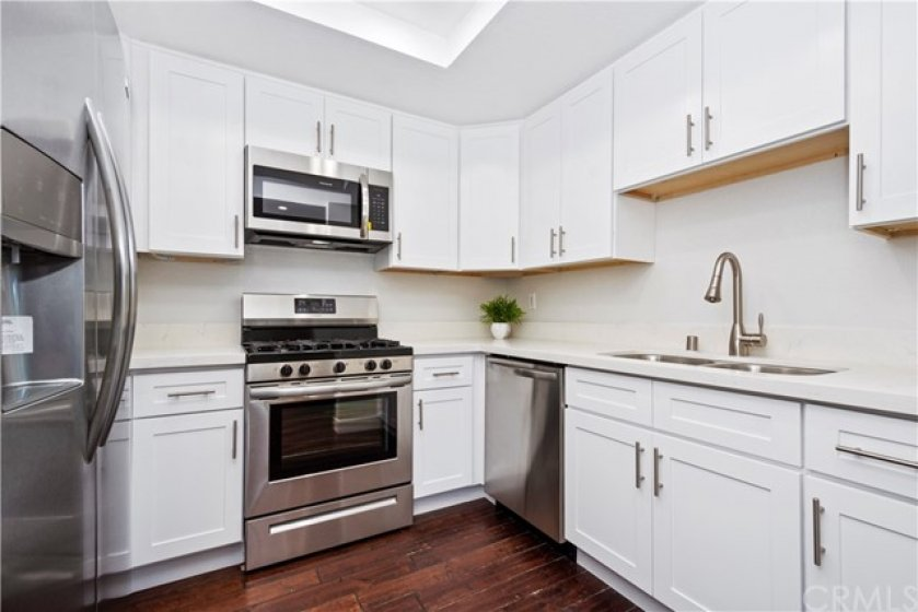 Newly remodeled kitchen with shaken cabinets and all new appliances.