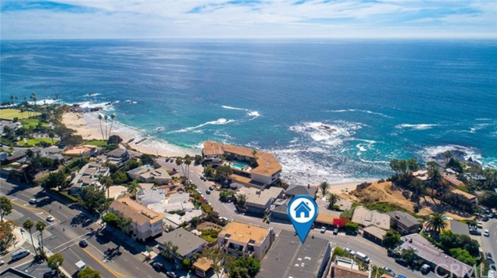 Mesmerizing ocean views define this gorgeous soft contemporary-style coastal retreat, a stunning single-level home showcasing two bedrooms and two bathrooms along with breathtaking panoramic vistas of the crashing waves.