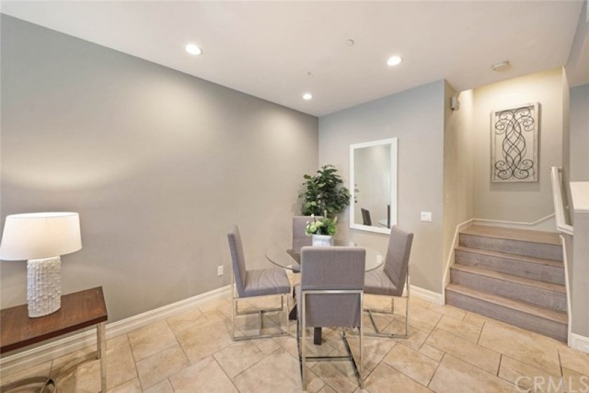 Spend time with family and friends over a delicious meal in this cozy dining area!