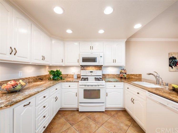 Beautiful Kitchen!