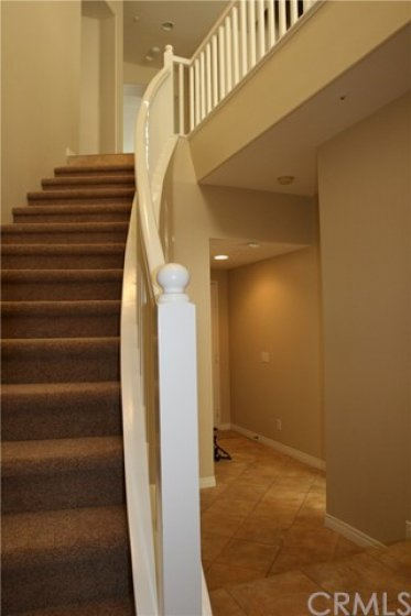 1st Floor Entry