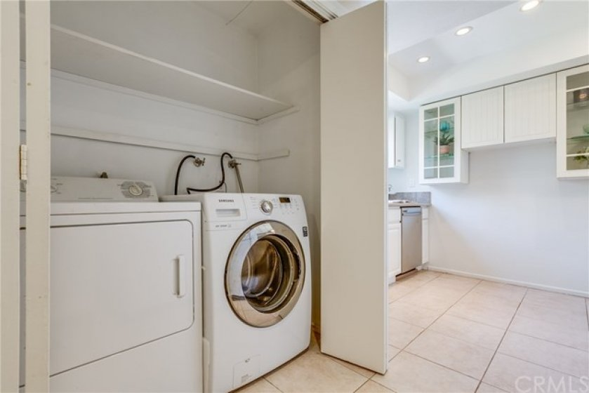 In-unit laundry closet (washer/dryer included)