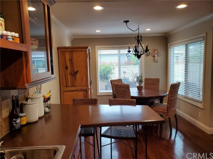 LARGE OPEN KITCHEN WITH SPACIOUS BREAKFAST NOOK