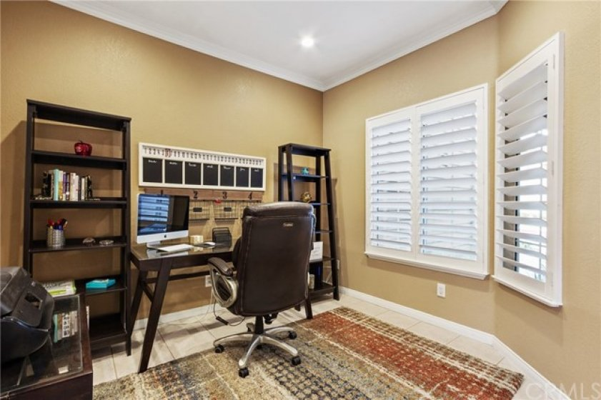 This convenient downstairs space offers a myriad of options! How will you use it? Home office? Den? Homework area? Game room? Guest room? You decide!