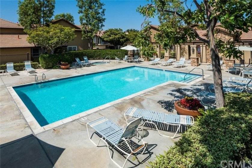 This is the pool and spa area off Oak Ridge that's just 1 building away from your new home.